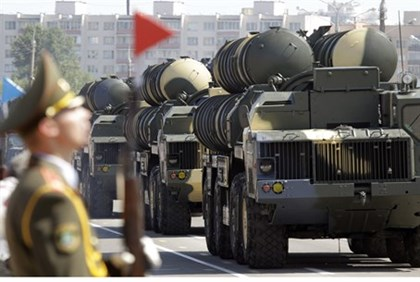 Latest in Iran-Russia Arms Deals: Delivery Date Set for S-300