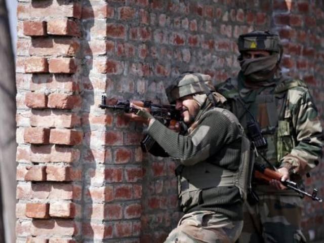 Indian security forces kill top militant, aide in Kashmir gun battle